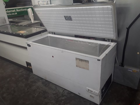 Lot 79 FOSTER LARGE WHITE CHEST FREEZER