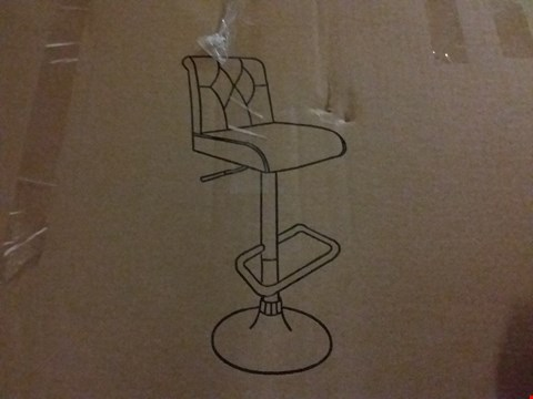 Lot 126 CHESTERFIELD WHITE BAR STOOL (1 BOX) RRP £129