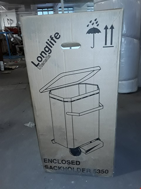 Lot 782 BOXED LONG LIFE ESSENTIALS ENCLOSED SACK HOLDER - 5350