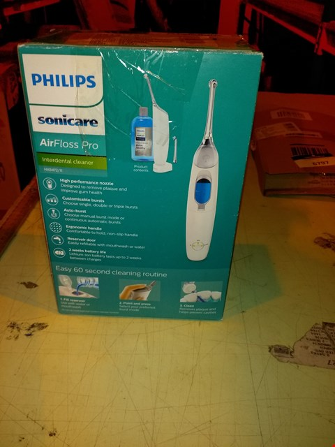 Lot 6798 PHILLIPS SONICARE AIRFLOSS PRO INTERDENTAL CLEANER IN WHITE
