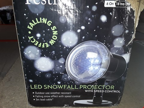 Lot 1035 GRADE 1 LED SNOWBALL PROECTOR WITH SPEED CONTROL