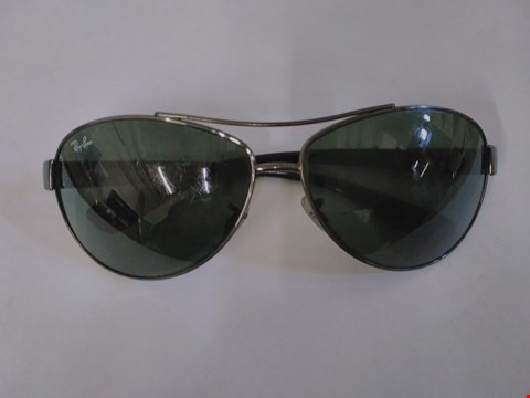 Lot 1598 RAY BAN STYLE GLASSES
