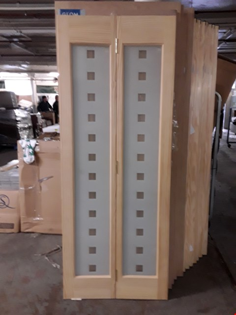 Lot 3169 VERTICAL 2 PANEL CLEAR PINE BI-FOLD GLAZED INTERNAL DOOR H1981 X 762MM