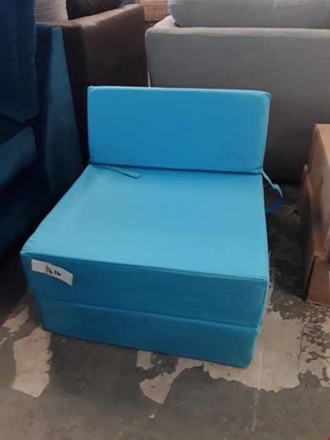 Lot 80 DESIGNER FOLD OUT BLUE FABRIC CHAIR BED