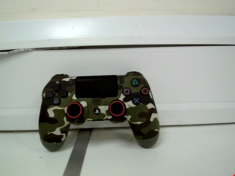 Lot 8100 UNBOXED PLAYSTATION 4 CONTROLLER - JUNGLE CAMO
