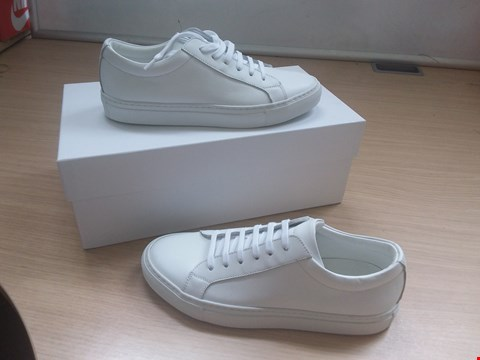 Lot 8600 BOXED ARTISAN LAB SOFTY 3001 BIANCO WHITE TRAINERS UK SIZE 4