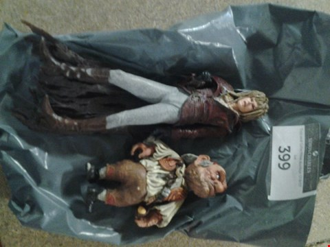 Lot 399 2 ASSORTED LABRINTH FIGURINES TO INCLUDE; JARETH THE GOBLIN KING AND HOGGLE