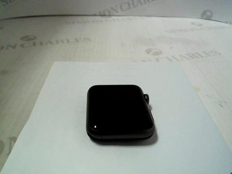 Lot 313 APPLE WATCH