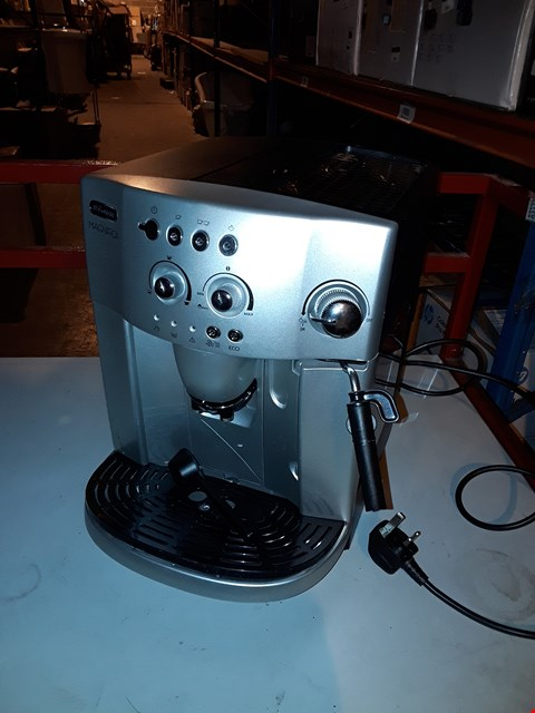 Lot 1956 DELONGHI MAGNIFICA BEAN TO CUP COFFEE MACHINE