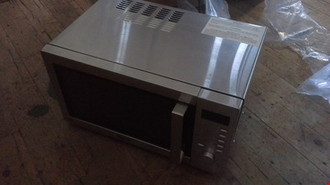Lot 1027 SWAN SM22040 DIGITAL MICROWAVE OVEN SILVER RRP £125