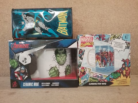 Lot 339 3 BRAND-NEW TO INCLUDE 2 MARVEL BOXED MUGS AND BATMAN MONEY TIN