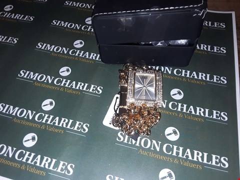 Lot 6 BOXED G & D GOLD STYLE LADIES WATCH