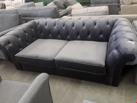 Lot 12 QUALITY BRITISH DESIGNER CHARCOAL VELVET GOSFORD CHESTERFIELD STYLE THREE SEATER SOFA