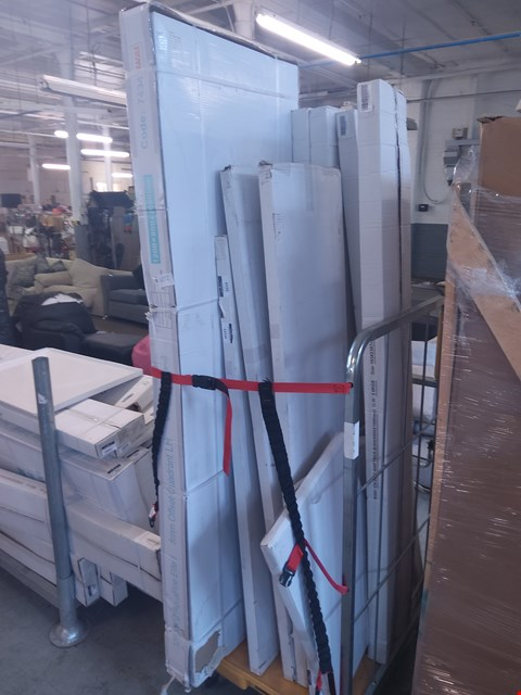 Lot 6072 CAGE OF ASSORTED BATHROOM ITEMS TO INCLUDE: QUADRANT SHOWER PARTS, FITTINGS FOR CV-3002-800 ETC