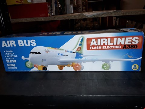 Lot 2091 2 AIRLINES FLASH ELECTRIC AIR BUS A380S