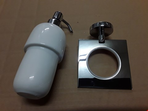 Lot 502 MOUNTABLE SOAP DISPENSER IN CHROME AND WHITE