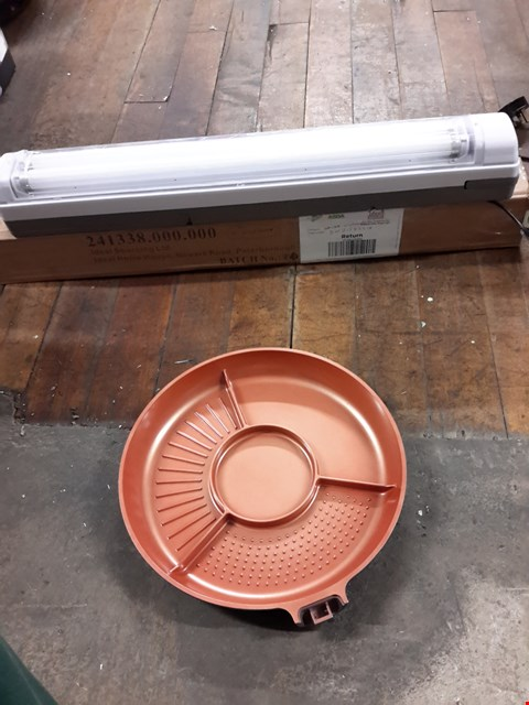 Lot 67 LOT OF 3 ITEMS TO INCLUDE COUGAR RECHARGEABLE STANDING WORK LIGHT, COOKSHOP COPPERGLAZE 4 IN 1 PAN AND VIBRAPOWER EQUIPMENT MAT RRP £15