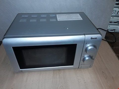 Lot 8105 UNBOXED SWAN SM22090S 20L MICROWAVE  RRP £64.99