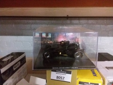 Lot 6091 BATMAN COLLECTABLE CAR