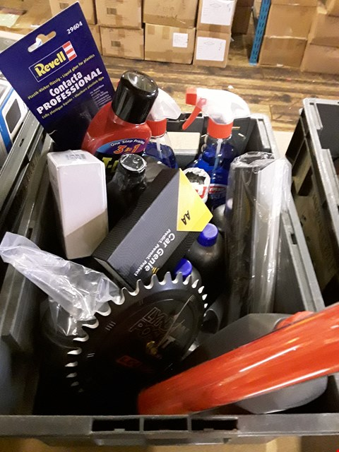 Lot 3052 BOX ASSORTED ITEMS, INCLUDING, LED EMERGENCY LIGHT, DEICER SPRAYS, GREASE, T-CUT, OIL,