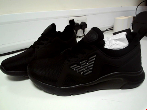 Lot 3504 BRAND NEW EA7 EMPORIO ARMANI A RACER RUNNER TRAINERS - BLACK SIZE 8