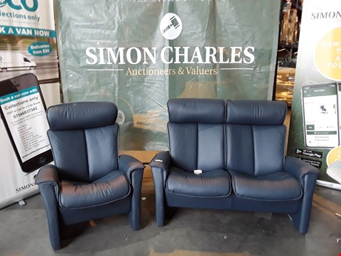 Lot 9022 QUALITY BRITISH MADE HARDWOOD FRAMED DARK BLUE LEATHER TWO SEATER PUSHBACK RECLINING SOFA AND ARMCHAIR