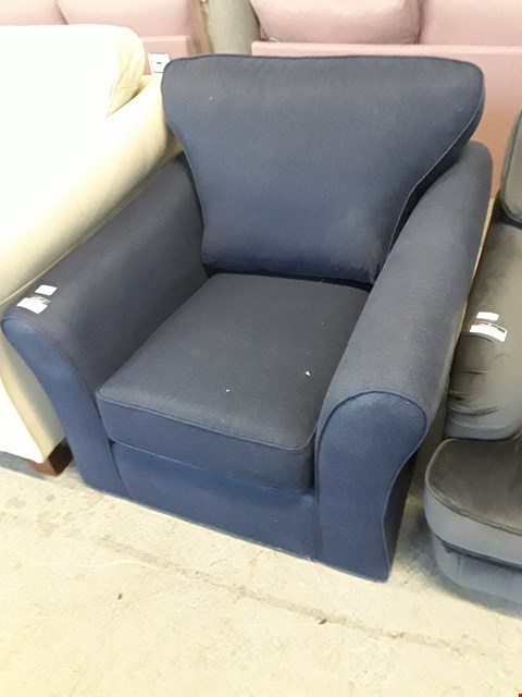 Lot 29 QUALITY BRITISH DESIGNER NAVY FABRIC ABBEY ARMCHAIR