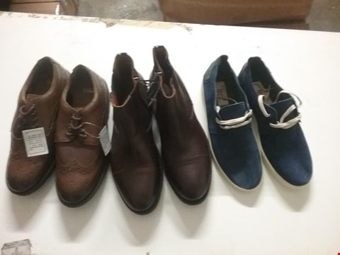 Lot 1336 LOT OF 4 BOXES CONTAINING APPROXIMATLEY 49 ASSORTED FOOTWEAR ITEMS TO INCLUDE TOMMY HILFIGER BROWN CHELSEA BOOTS, WILLIAMS & BROWN BROWN SHOES AND AN ORIGINAL PENGUIN TRAINERS