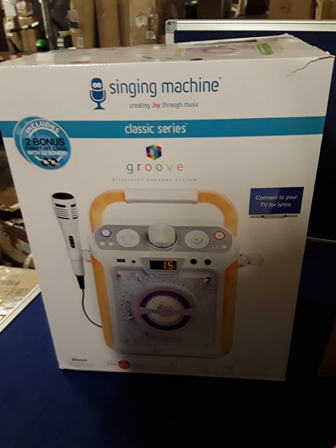 Lot 8709 GROOVE BLUETOOTH KARAOKE SYSTEM - SINGING MACHINE, CLASSIC SERIES RRP £114.99