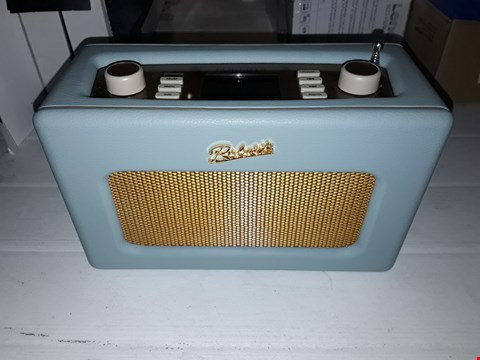 Lot 12156 ROBERTS RADIO RETRO DAB/DAB+ FM WIRELESS PORTABLE DIGITAL BLUETOOTH RADIO