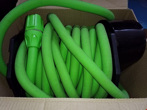 Lot 22 MINI MOBILITY TRAINER AND 2 X MAGIC HOSE 30MWITH NOZZLE AND FITTINGS