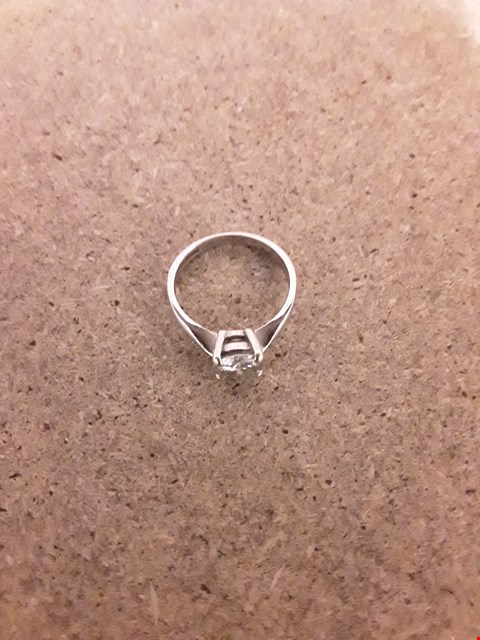 Lot 2203 Moissanite 9CT GOLD 1.5ct Equivalant SOLITAIRE RING RRP £599