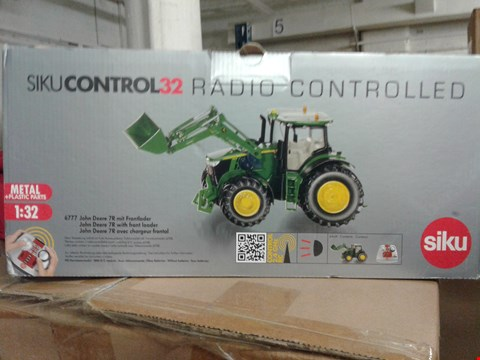 Lot 6011 SIKUCONTROL32 RADIO CONTROLLED TRACKER