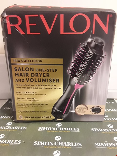 Lot 1615 REVLON PRO COLLECTION SALON ONE STEP HAIR DYER AND VOLUMISER