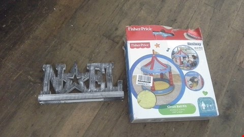 Lot 449 A LOT OF 2 ITEMS TO INCLUDE EARLY LEARNING SENSORY BALL PIT AND NOEL LITGHT SIGN. RRP £60