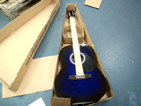 Lot 10450 MARTIN SMITH W-100 FULL-SIZE ACOUSTIC GUITAR RRP £72.99