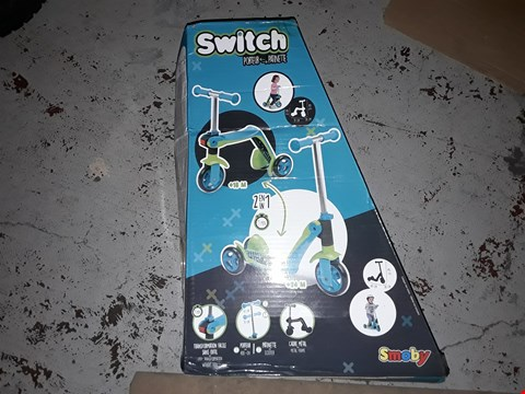 Lot 2006 SMOBY REVERSIBLE 2 IN 1 SCOOTER  RRP £40.00