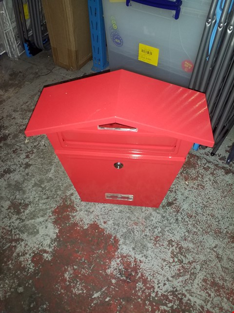 Lot 11617 AH SENIOR POST BOX RED RED - KEYS INCLUDED