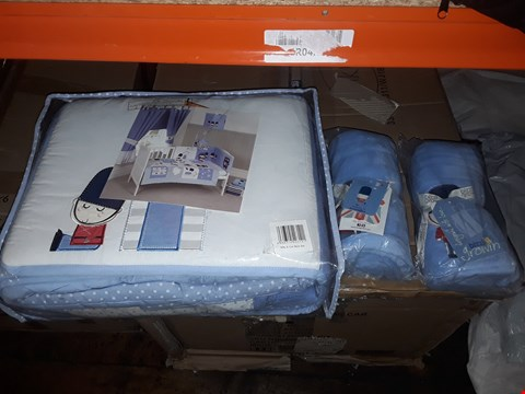 Lot 8383 LOT OF 3 ASSORTED ITEMS TO INCLUDE A SOLDIER COT BED SET AND 2 BLUE COMFORT BLANKETS