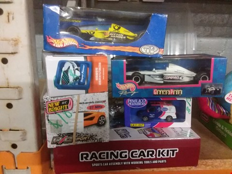 Lot 6112 EIGHT TOY CARS