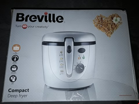 Lot 589 BREVILLE VDF054 COMPACT DEEP FRYER
