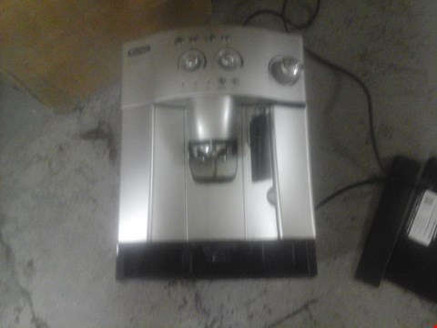 Lot 9577 DELONGHI MAGNIFICA COFFEE MACHINE