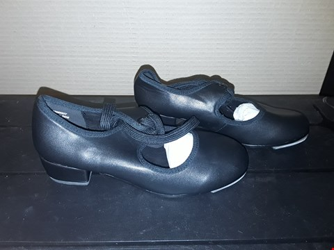 Lot 9059 ALLEGRA STYLE BLACK JUNIOR TAP SHOES