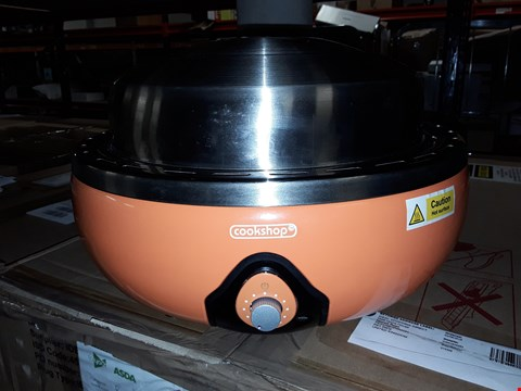 Lot 475 BBQ GRILL WITH THERMOSTAT AND BAG ORANGE