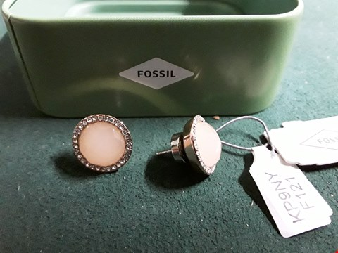 Lot 1515 FOSSIL ROSE GOLD PLATE CRYSTAL STUD EARRINGS RRP £59