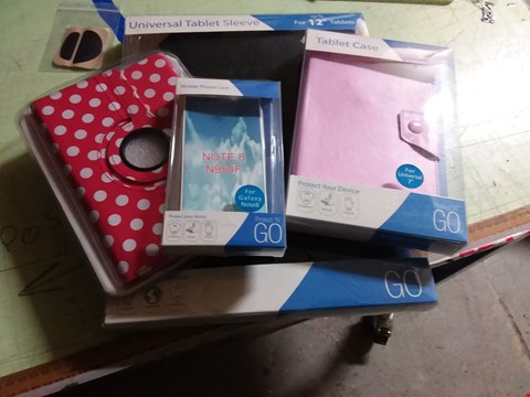 Lot 11530 A BOX OF APPROXIMATELY 20 ASSORTED PHONE AND TABLET CASES