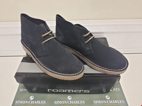 Lot 3007 BOXED PAIR OF ROAMERS NAVY SUEDE SHOES SIZE 7