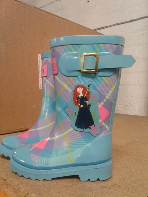 Lot 486 BRAVE DESIGN DISNEY TARTAN KIDS WELLINGTONS WITH BUCKLES PINK AND BLUE SIZE 7-8  RRP £15.99