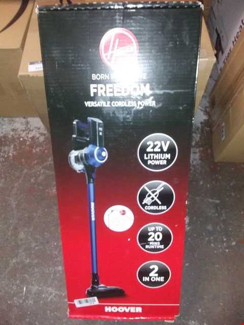 Lot 2407 HOOVER FREEDOM LITE 2-IN-1 CORDLESS STICK VACUUM CLEANER