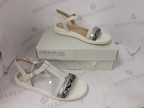 Lot 891 BOXED PAIR OF GEOX RESPIRA SANDALS SIZE 39